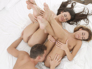 Love triangle in bed